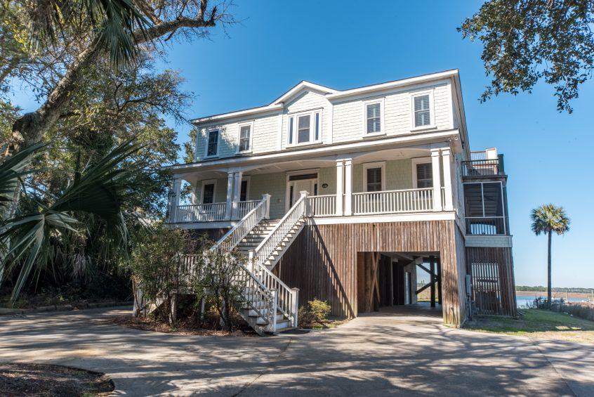 Folly Beach , South Carolina beach front property rental